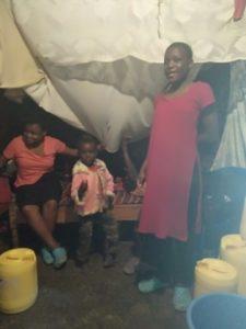 Het leven in Kibera door moeder Linet